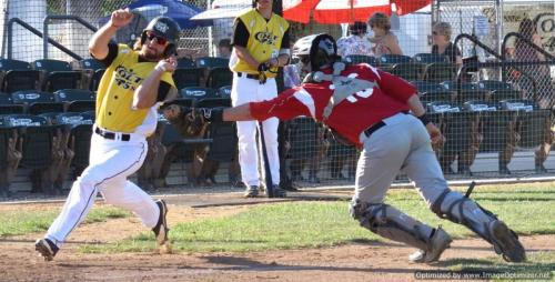 Colt 45s July 9 Wilson Kessel eludes Portland catcher Justin Henningson to score in the first inning